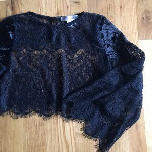 Melody Tops - NWT Lace Crop Bell Sleeve Velvet Size Small Black